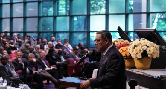 Juan Prestol-Puesán, General Conference of Seventh-day Adventists Treasurer speaks at the meeting. | Photo by Adventist News Network