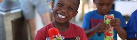 A young WGTS 91.9 listener enjoys his popsicle.