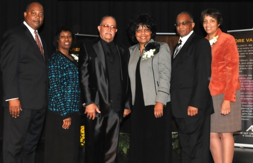 President Henry and First Lady Sharon Fordham (center); executive secretary Marcellus and Maryann Robinson (left) and treasurer Lawrance and Kim Martin (right).