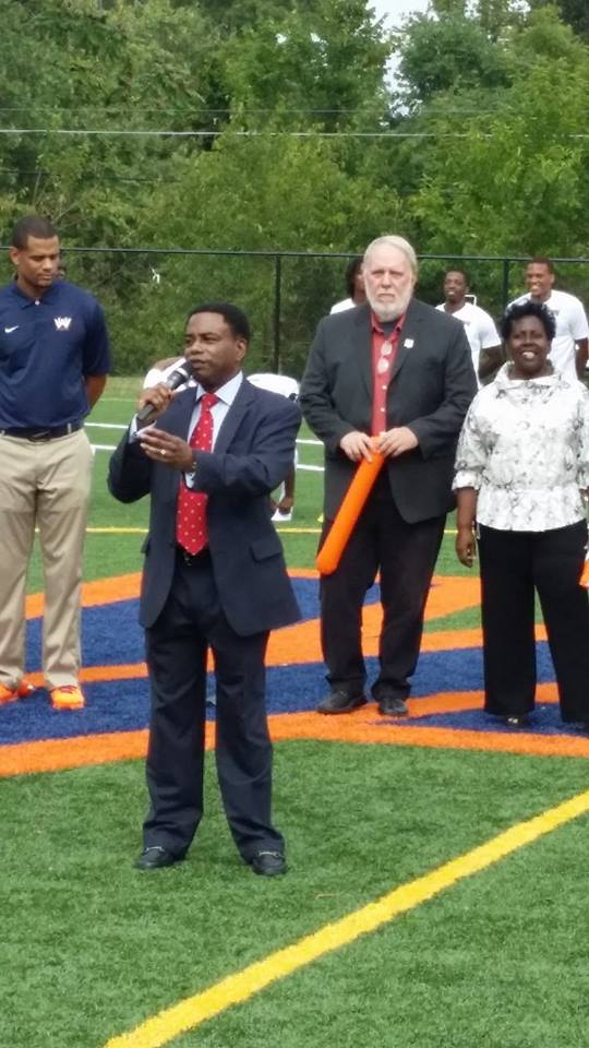 Jarrett Smith, Takoma Park Councilmember, at the opening of WAU's n</body></html>